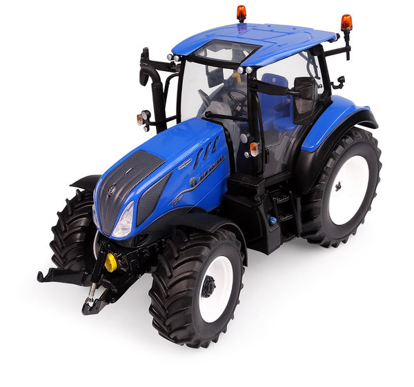Universal Hobbies   6222 New Holland T5.130 New Design Low Roof 1/32